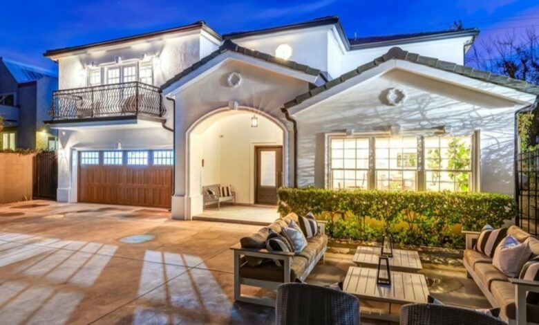 Actor Jackson Hurst sold Valley Village home to ask for more