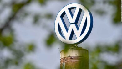 Photo of Volkswagen apologizes for racist Instagram ads