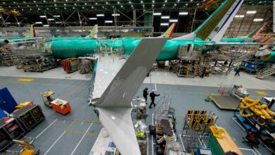 Photo of Boeing is building another 737 Max even though it hasn't been approved to fly