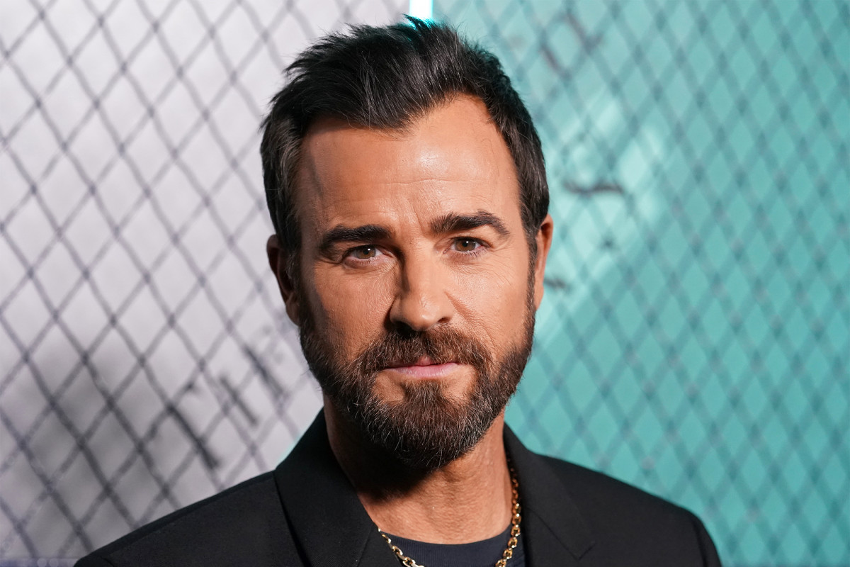 Justin Theroux accused NYC of neighboring partner abuse