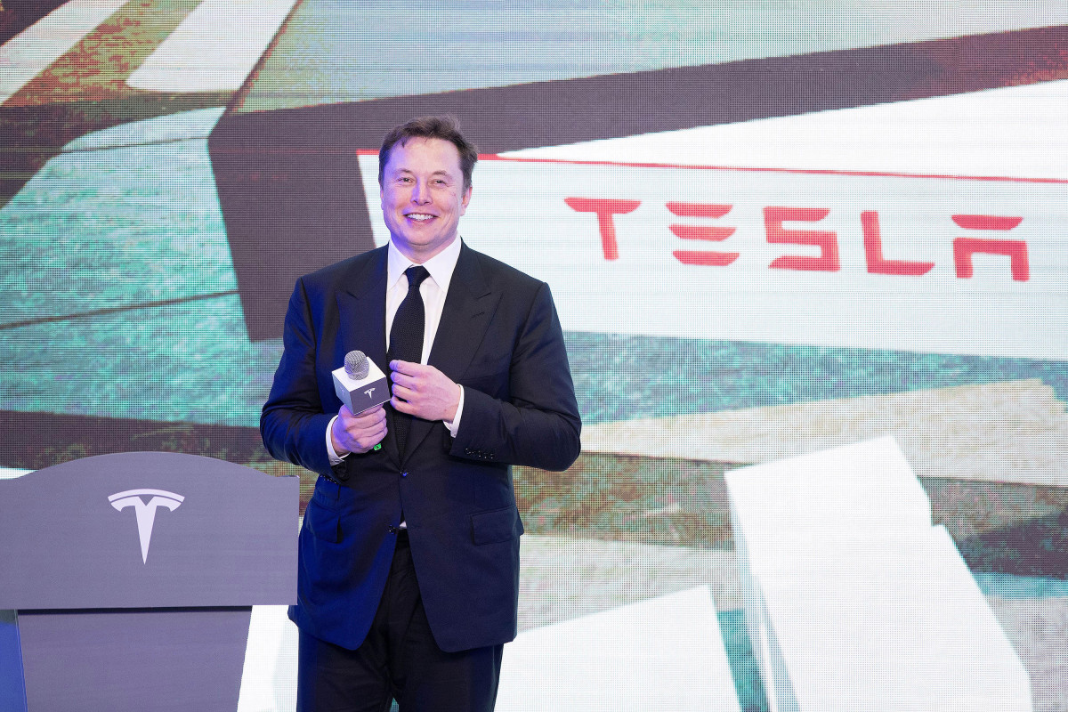 Elon Musk gets a performance-based Tesla payment of $ 775 million