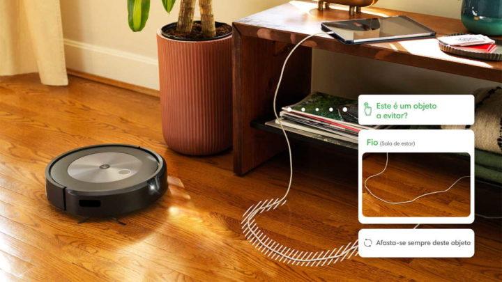 iRobot Roomba j7 + smart vacuum cleaner