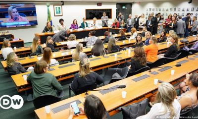 Congress Threatens Promotion of Women's Representation in Politics |  News and analysis of the most relevant facts in Brazil |  DW