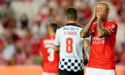 "Portuguese writer blew up Everton Chives: ""Phantom Football"""