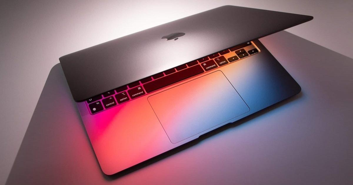 New MacBook Pros will have Apple's best computer display