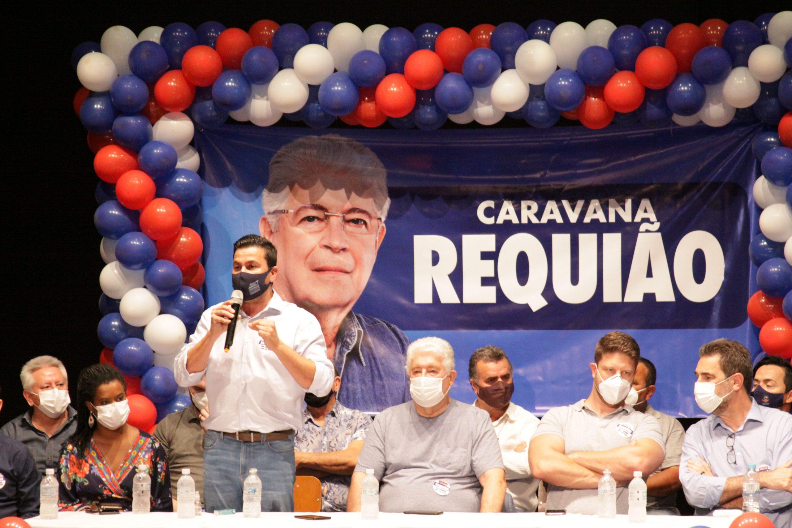 Jacaresinho - Caravan Requião promotes the political scenario in the Pioneer North