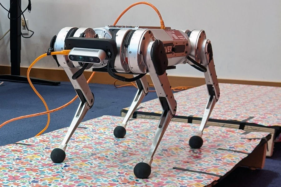 """Massachusetts Institute of Technology created a """"cheetah robot"""" and taught it to jump"""