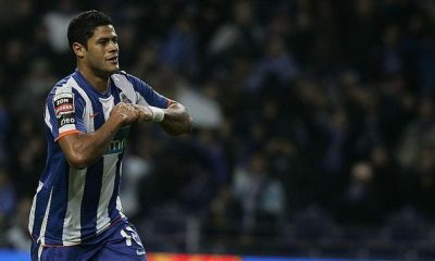 """A BOLA - """"I had offers from FC Porto and Atletico Madrid and I made the right choice"""" (Brazil)"""