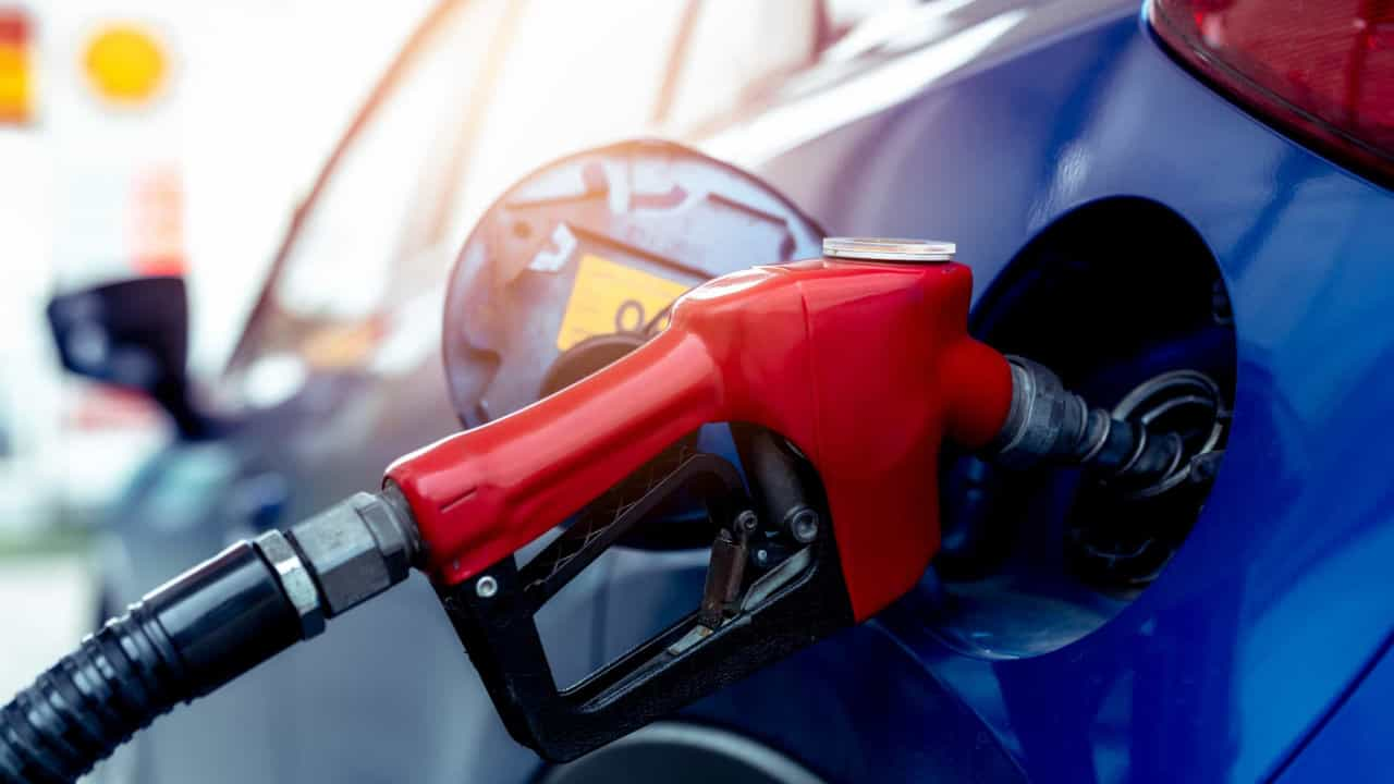 Diploma for limiting the fuel surcharge valid tomorrow