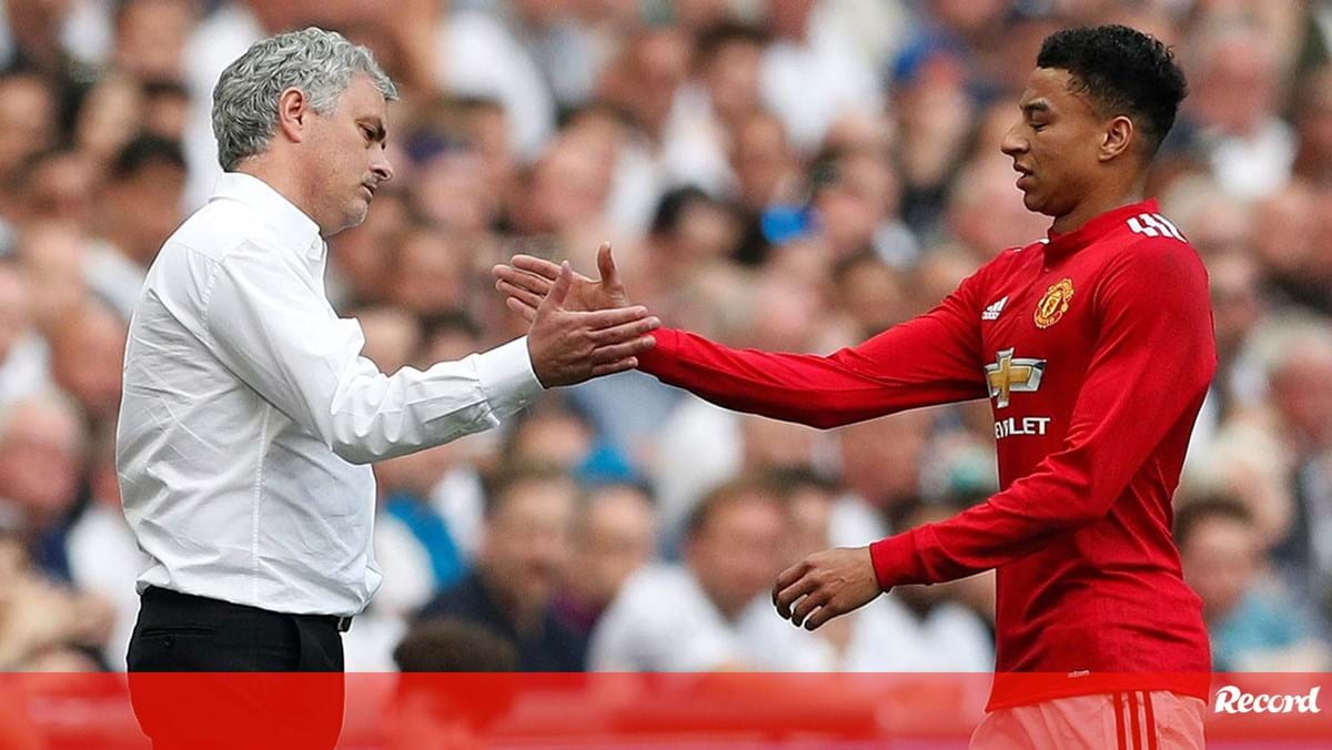 """Lingard and Mourinho's """"weird"""" habit: """"I looked at my cell phone and accidentally saw it on FaceTime."""" - Man.  United"""