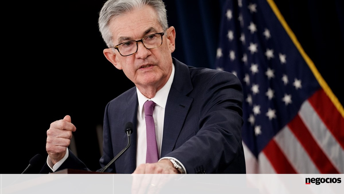 Powell's scandalous operation prompts Fed to ban high-level officials from buying and selling shares - markets