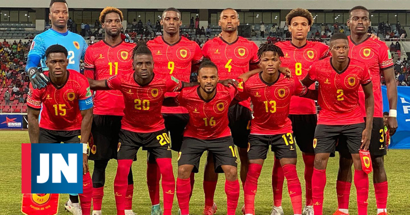 The military does not allow the Angola national team to leave the Gabon airport